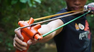 How To Make Powerful Slingshot Fishing From Part Of Bike | Amazing Man Uses Slingshot To Shoot Fish