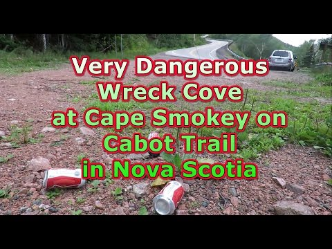 Very Dangerous Wreck Cove at Cape Smokey on Cabot Trail in Nova Scotia