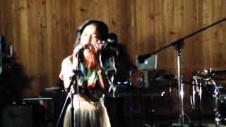 Jhene Aiko  ' Space Jam '  live  at the boombox NYC 2013