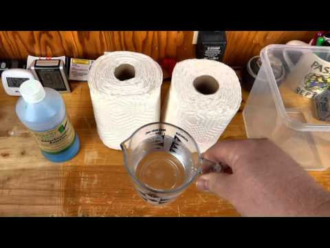 homemade-pet-safe-disinfectant-wipes