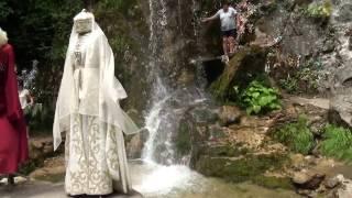 видео Водопады по дороге на Рицу: Женские слезы, Мужские слезы и Гегский водопад