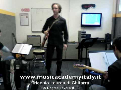 Music Academy Chitarra Laurea