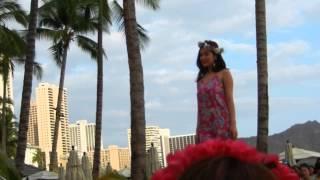 ハワイアンメイのファッションショーでの可愛い美和子ちゃん.