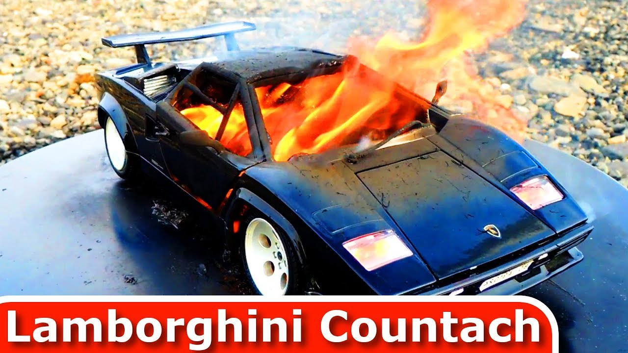 Burning My Lamborghini Countach   The Car Is On Fire! Diecast Toy Car  Burnout