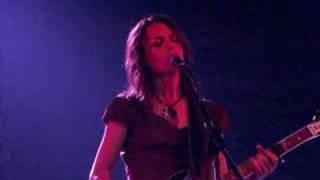 Susanna Hoffs - Different Drum