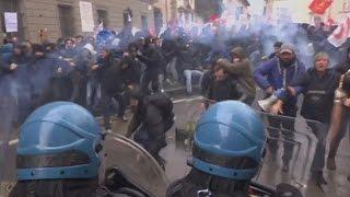 """ايطاليا: مظاهرات في """"فلورنسا"""" إعتراضا على الاستفتاء الدستوري - world"""