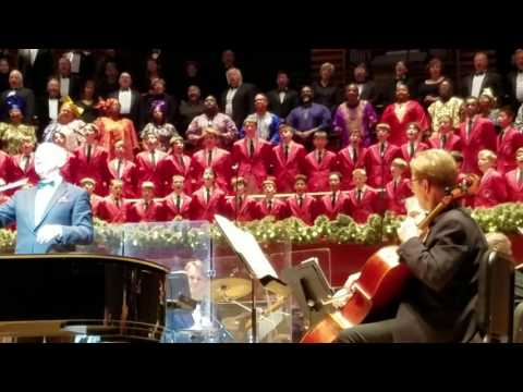 A Merry Christmas Sing Along With the Philadelphia POPS