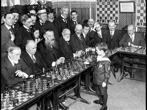 Samuel Reshevsky - One of the greatest ever Chess child prodigies - example game vs Capablanca 1935