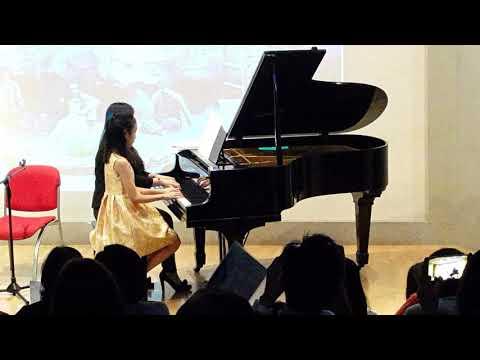 Concert @ Jakarta Design Center - Aurelia Estefani Setiawan - Broadway Star