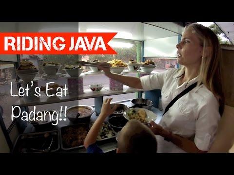Eating at a Padang Restaurant in Yogyakarta | Motovlog Indonesia