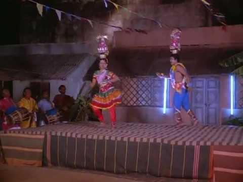 Munthi Munthi Vinayagare_Karakattakaran [Tamil Movie Song]