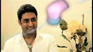 """""""Shahrukh is very close to all of us..."""": Abhishek Bachchan"""