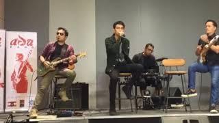 Ada Band Tak Lagi Cinta Live