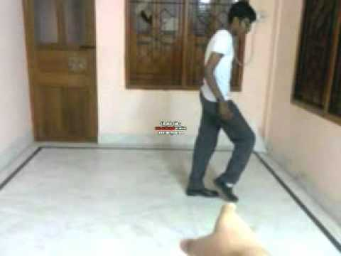 The Perfect Moonwalk (Tutorial).mp4