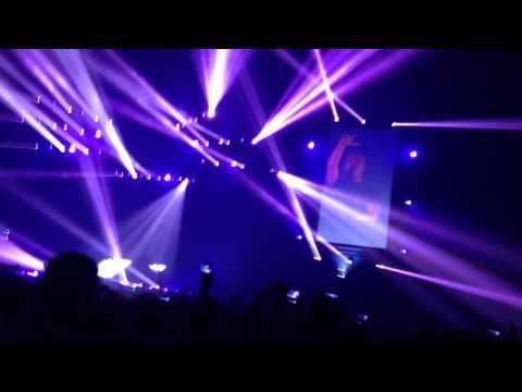Avicii True Tour - Dear Boy (HD)
