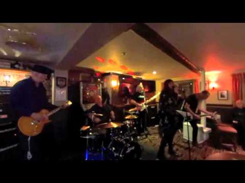 riffLover - The Frankland Arms, Thirsk 23rd April 2016