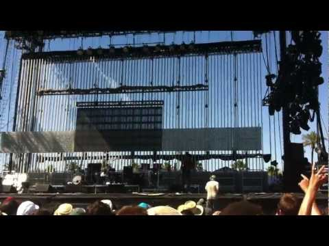 Coachella 2012 W2: Childish Gambino - Rack City freestyle