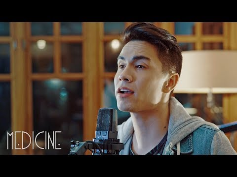Medicine (Kelly Clarkson) – Sam Tsui Cover ft. Jason Pitts