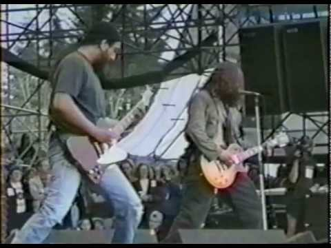 [HD] Soundgarden - Rusty Cage (1992 LoLLapaLooza WA)