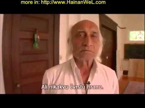 Hira Ratan Manek eating only sunlight and water  Хира Ратан Манек питается солнечными лучами и водой