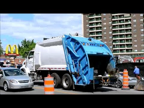 CANADIAN GARBAGE TRUCKS - MONTREAL ACTION