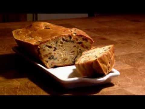 recette-cake-aux-olives-tomates-séchées-bacon-et-chèvre
