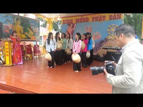 Nang Len Xom Ngheo - Dance