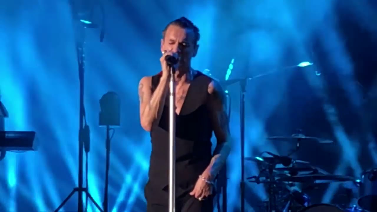 Depeche Mode Everything Counts Live Hollywood Bowl October 16 2017 Hd Youtube