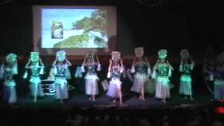 Girls Cook Island Drum Dance