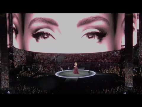Adele - Hello Live Concert - Melbourne 2017 (opening concert)
