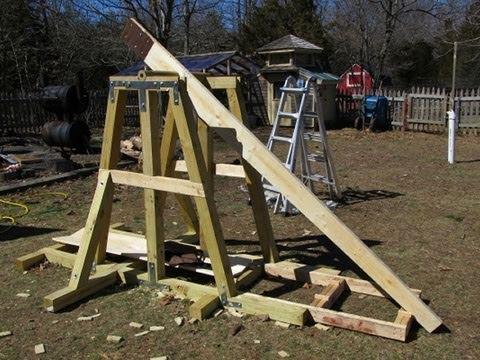 Ten Foot Trebuchet Boulder Shooting Youtube