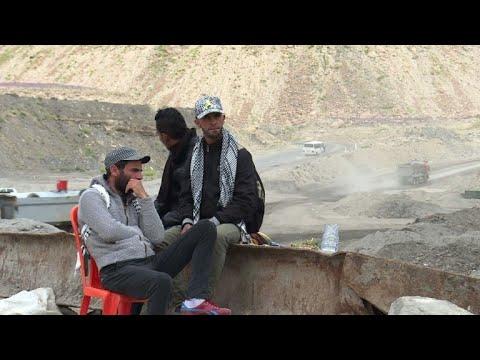 """Pour les jeunes du bassin minier tunisien: la mine ou """"la mort"""""""