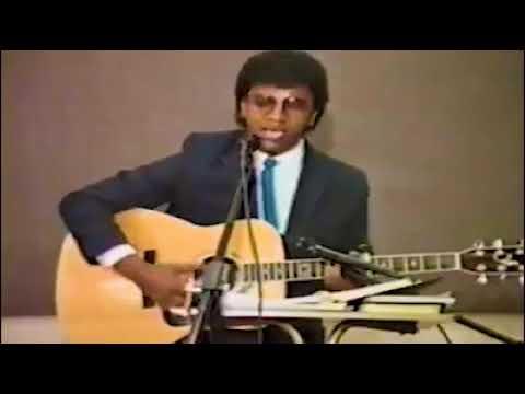 Dr Dereje Kebede rare stage worship  አሐዱ እላለሁ በምስጋና