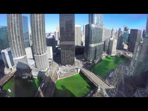 2017 Dyeing the Chicago River Green for St. Patricks Day - 4k Time-lapse