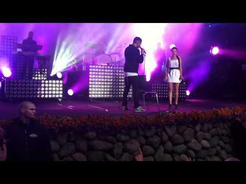Burhan G og Stine Bramsen - Mest Ondt (Live @ Smukfest 2011)