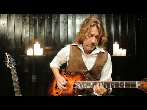 Mike Poss: At the Castle (Original Guitar Instrumental)
