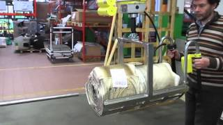 Intelligent, yet easy, quick, yet safe system for handling reels of plastic film - EASY64