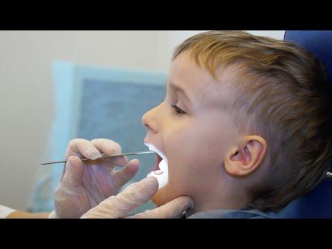 Как удаляют миндалины у детей видео