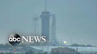 clock-ticks-historic-spacex-launch-soil