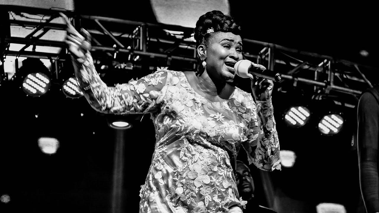 Download Mosantu - dr blaise Feat Anne Keps Olianne Music ozala Nzambe lelo libela seko na seko