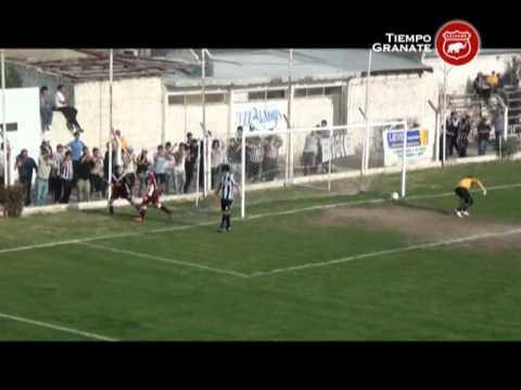Cipolletti 0 - Defensores de Belgrano (Villa Ramallo) 3