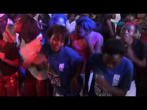 KANYAGA LAMI LIVE PERFORMANCE AT MOI GIRLS ISINYA - JABIDII and TIMELESS NOEL