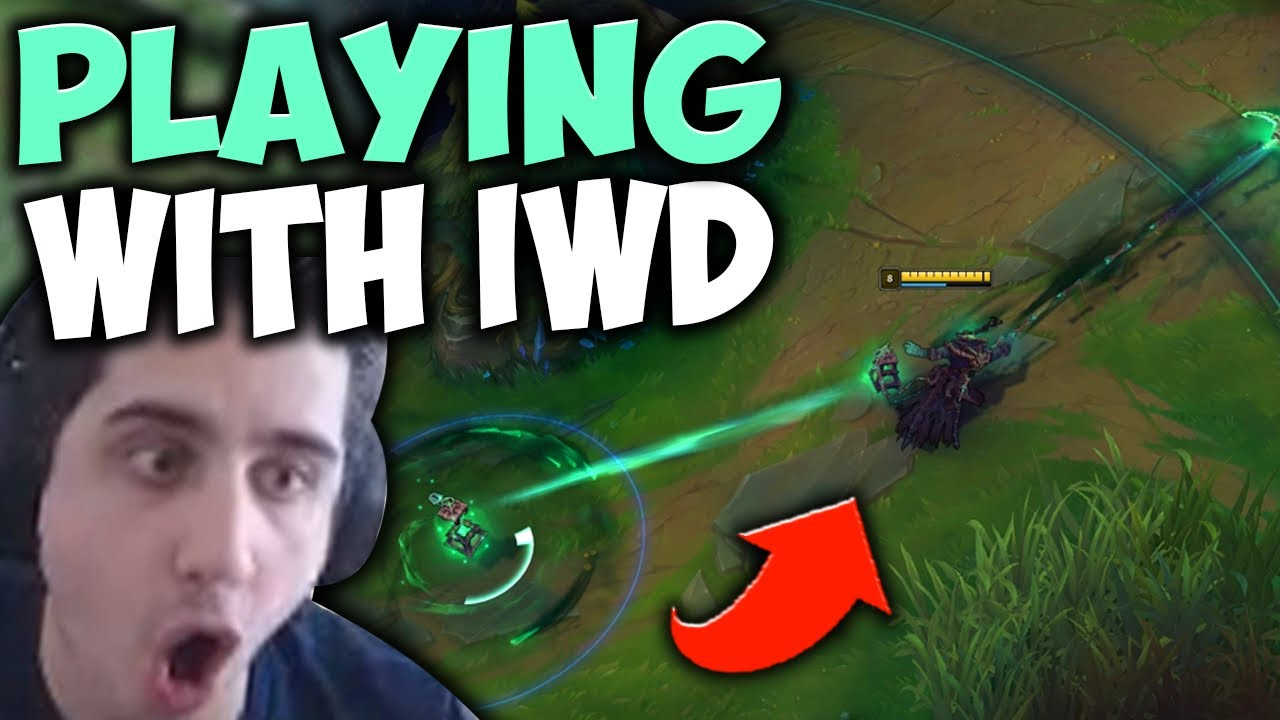 Download I FOUND IWD IN HIGH ELO SOLO QUEUE! SHOWING HIM MY THRESH MECHANICS - League of Legends