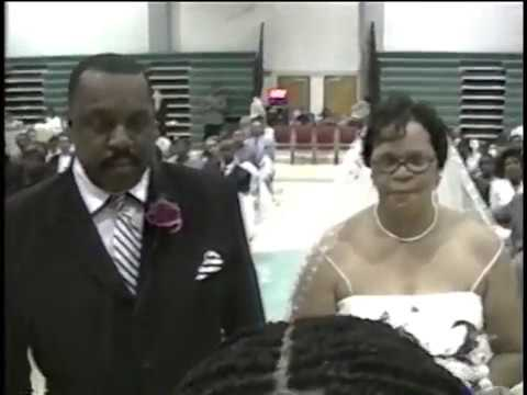 MR. & MRS. CHARLES AND SHARON INGRAM WEDDING DAY