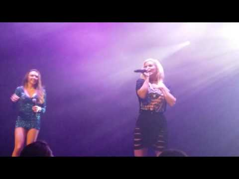 Atomic Kitten-  Whole Again LIVE in New Zealand 2017