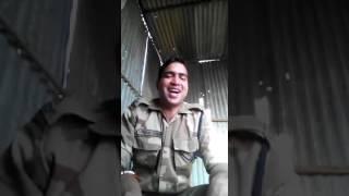 एक फौजी ने बताया उसे कैसी बीवी चाहिए, Viral video on WhatsApp