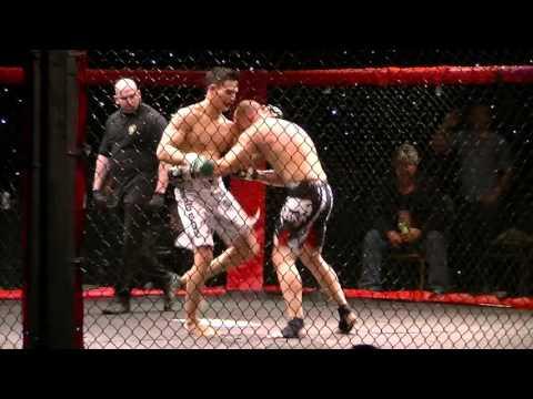 Robert Dunn vs Thanh Le