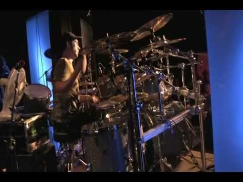 George Kollias - Dresden Drumfestival 2010.wmv