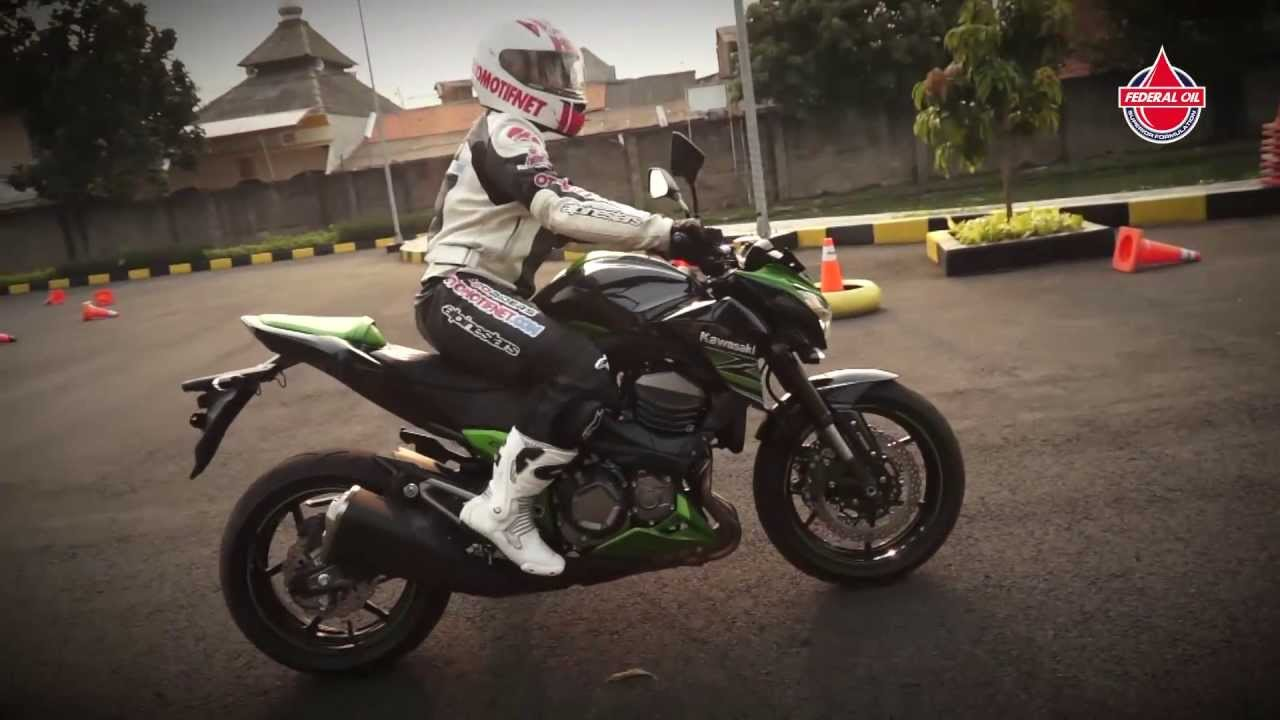 Video Detail Dan First Ride Kawasaki Z800 Youtube
