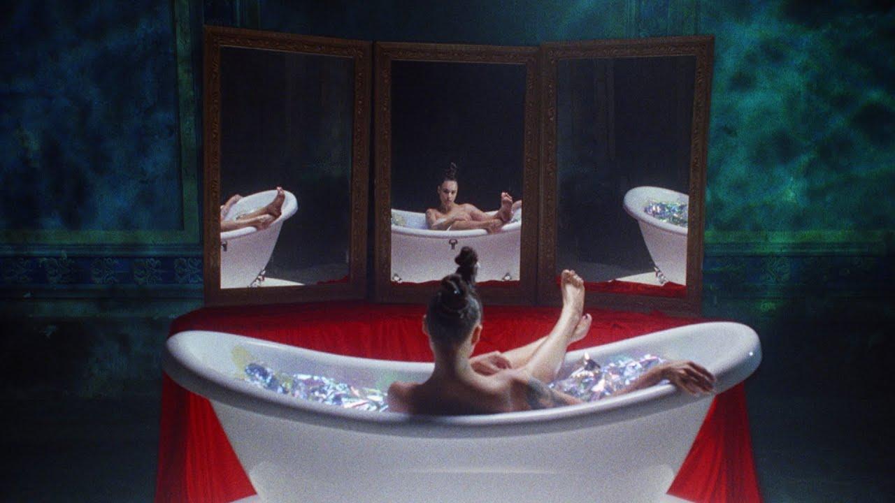 Download TATARKA – KAWAII (Official Music Video)